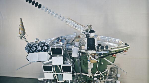 Луноход-2. Архив