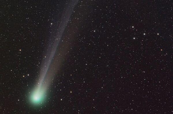 Комета C/2001 Q4. Архив