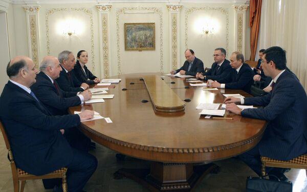 Премьер-министр РФ Владимир Путин встретился с президентом Абхазии Сергеем Багапшем