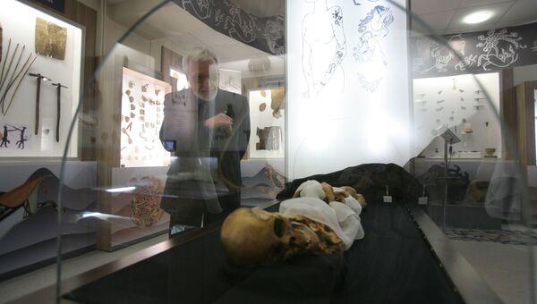 Мумия алтайской принцессы в лаборатории Института археологии и этнографии СО РАН