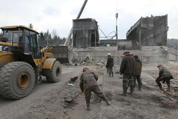 Ремонтно-восстановительные работы на шахте Распадская в Кемеровской области