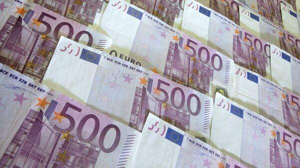 Евро дорожает к доллару на повышении спроса на рискованные активы