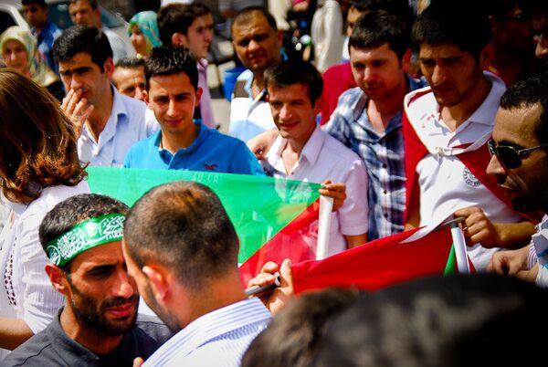 Митинг против захвата Флотилии свободы на площади Таксим в Турции