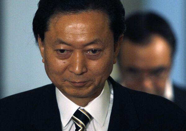 Японский премьер-министр Юкио Хатояма ушел в отставку
