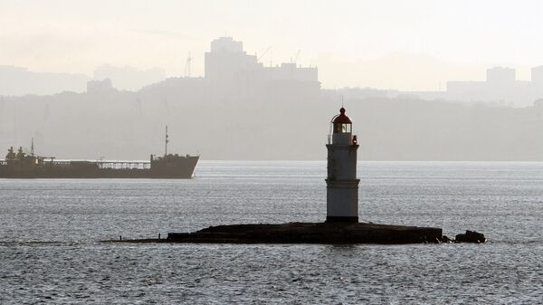 Владивосток, Амурский залив, утро. Архивное фото