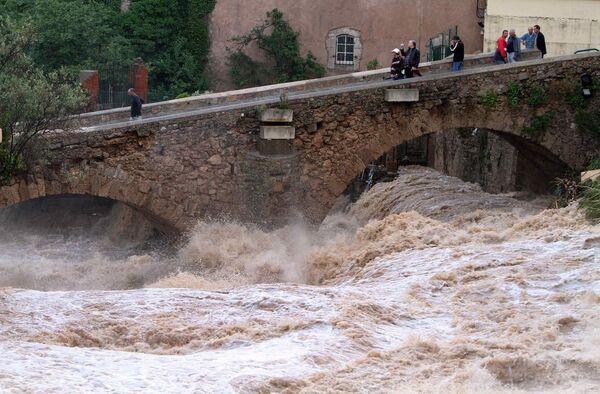 Сильное наводнение на юге Франции в департаменте Вар