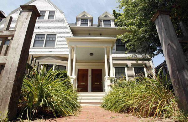 Дом, где жили арестованные по обвинению в шпионаже Доналд Ховард Хитфилд и Трейси Ли Энн Фоли в Бостоне