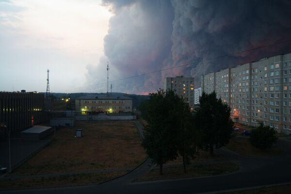 Дым накрыл дорогу в город Выкса