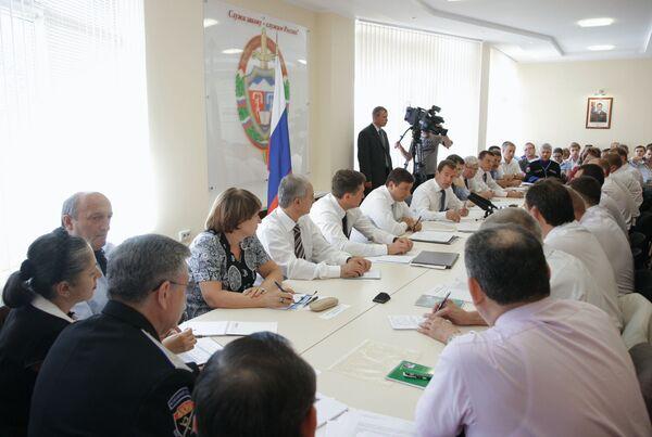 Президент РФ Дмитрий Медведев провел совещание в Пятигорске