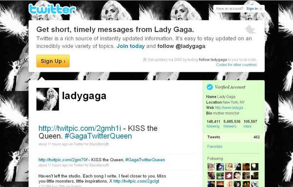 Скриншот странички Lady Gaga в популярной сети Twitter