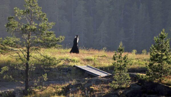 Монах на острове Никольский