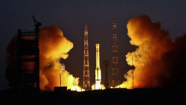 Пуск ракеты-носителя со спутником Глонасс. Архив