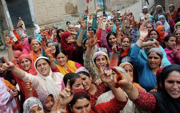 Уличные беспорядки в Кашмире