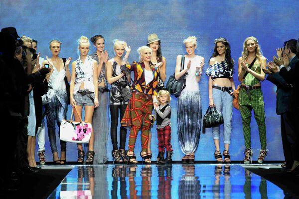 Гвен Стефани представила свою новую коллекцию L.A.M.B. на неделе моды в Нью-Йорке