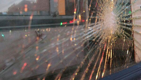 Разбитое стекло. Архивное фото