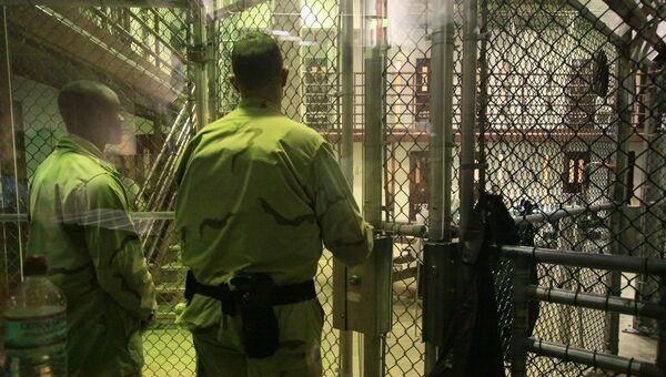 Тюремная охрана в Гуантанамо. Архивное фото.