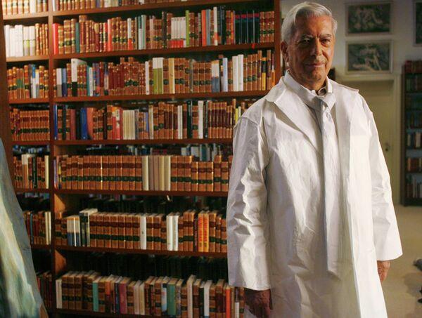 Лауреат Нобелевской премии по литературе Марио Варгас Льоса