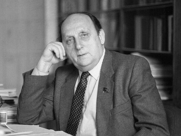Георгий  Арбатов