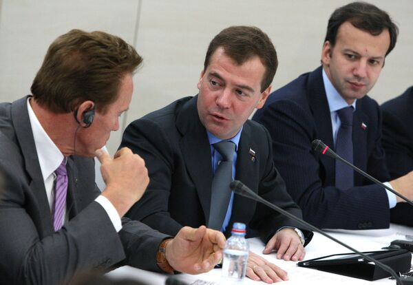 Президент РФ Д.Медведев и губернатор Калифорнии А.Шварценеггер посетили Сколково