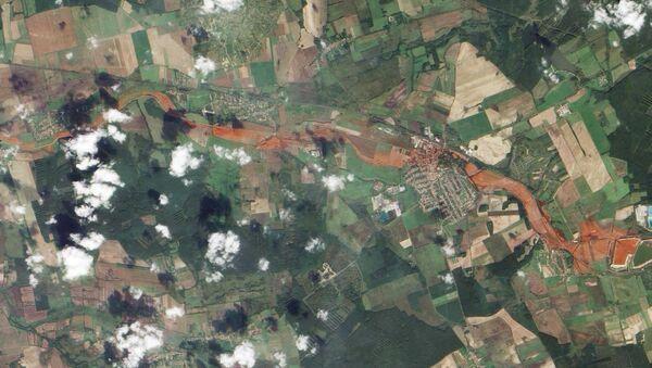 Съемка со спутника экологической катастрофы в Венгрии