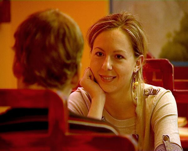 Москвичи ищут на быстрых свиданиях женихов, невест и бизнес-партнеров