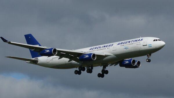 Самолет авиакомпании Aerolineas Argentinas