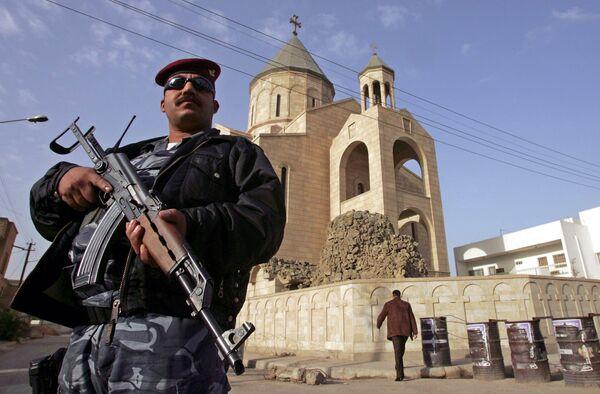 Семь заложников погибли при перестрелке в католическом храме в Багдаде
