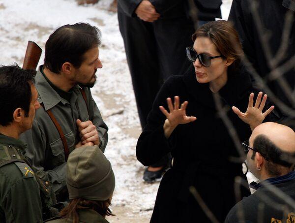 Анджелина Джоли на съемках своего фильма в Венгрии