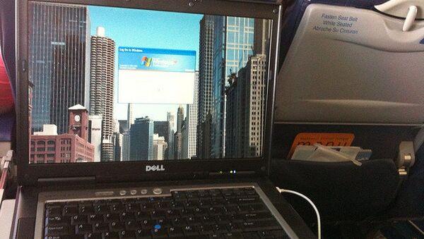 Интернет в самолете. Архивное фото
