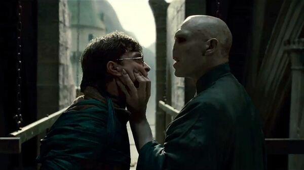 Кадр из фильма Гарри Поттер и Дары Смерти. Часть 1 (2010)