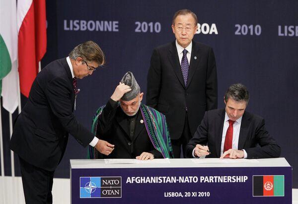 НАТО и Афганистан подписали соглашение о долгосрочном партнерстве