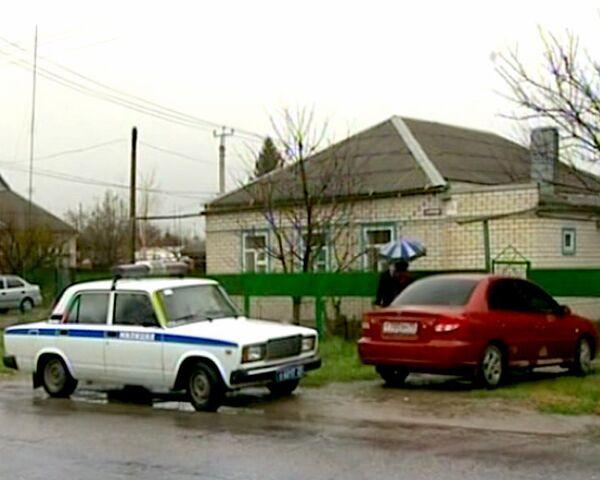 Неизвестный убил девушку и ранил трех человек в Славянске-на-Кубани