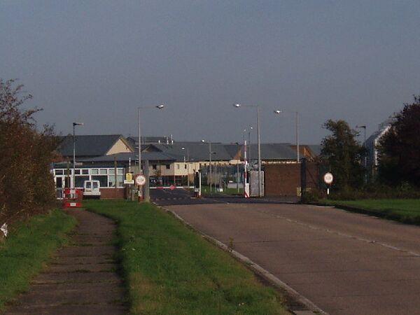Центр для депортируемых Yarl's Wood в графстве Бедфордшир в Великобритании