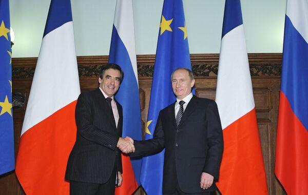 Встреча премьер-министра РФ Владимира Путина и премьер-министра Франции Франсуа Фийона