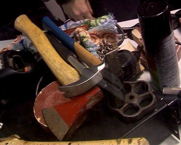 Десятки ножей, топоры и дубинки изъяла милиция у молодежи в метро