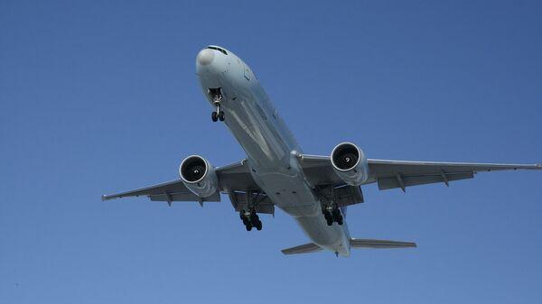 Самолет Boeing 777-300ER. Архив