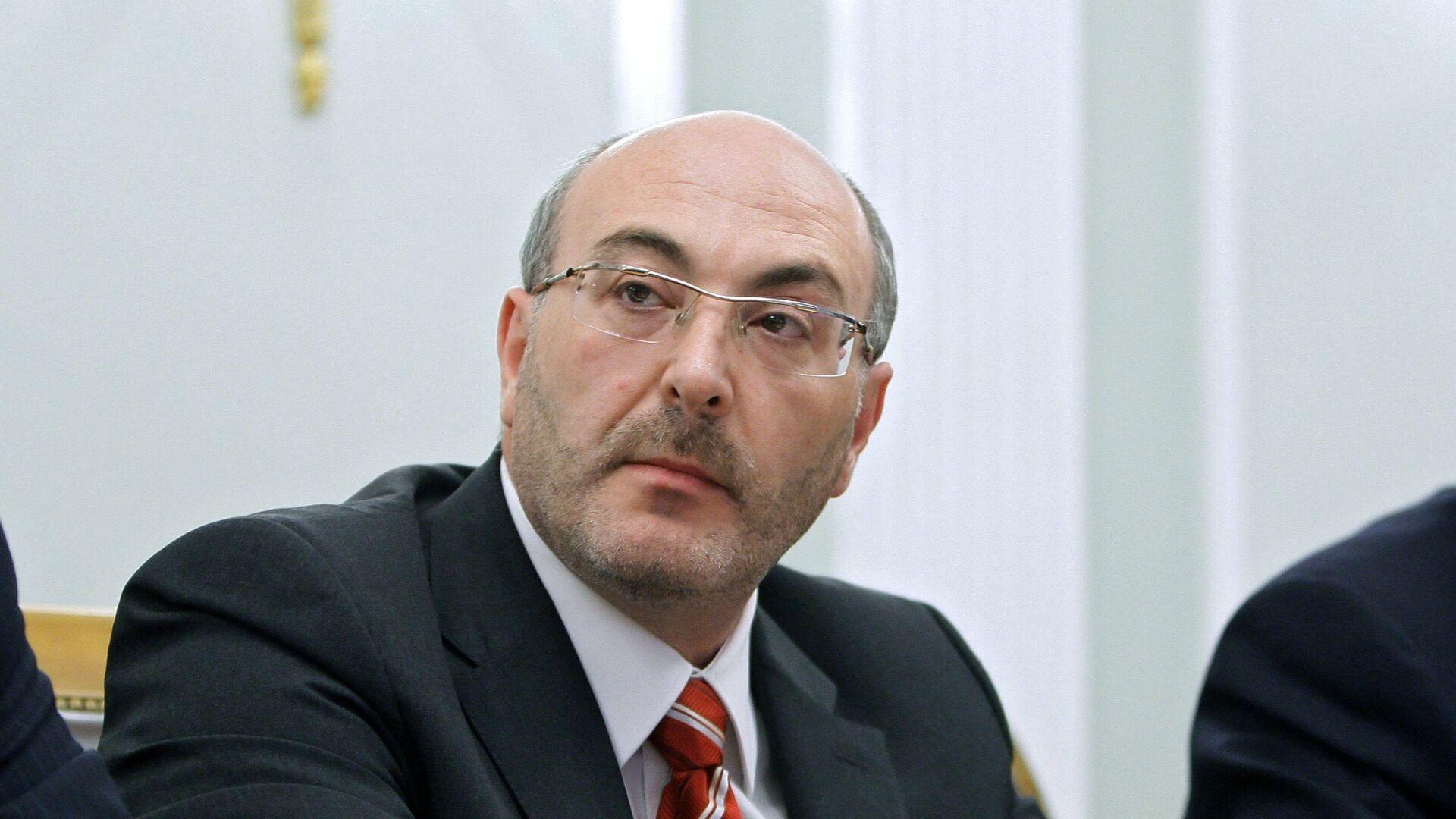 "Суд арестовал экс-главу ""Тракторного завода"""