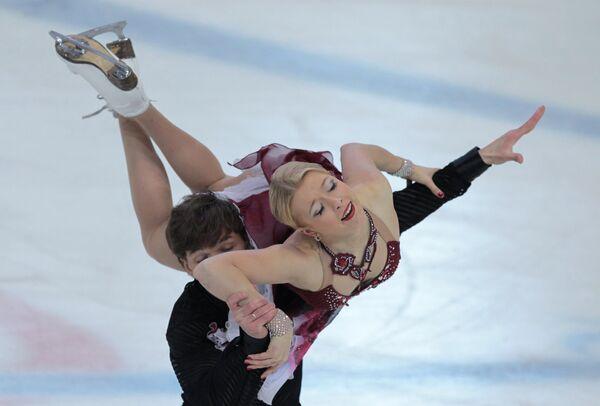 Дмитрий Соловьев и Екатерина Боброва