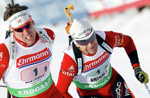 Эмиль Сведсен (слева)