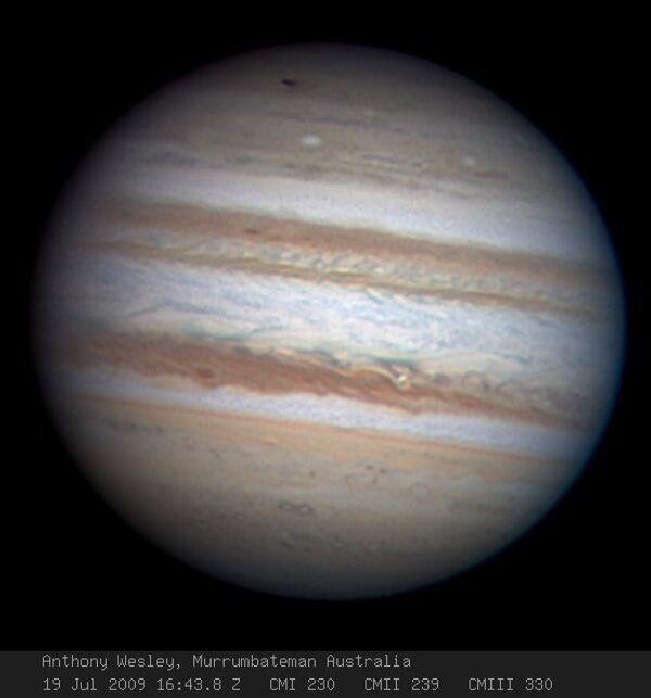 Cнимок Юпитера, после того как неизвестное тело врезалось в планету