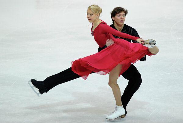 Екатерина Боброва и Дмитрий Соловьев (слева направо). Архив