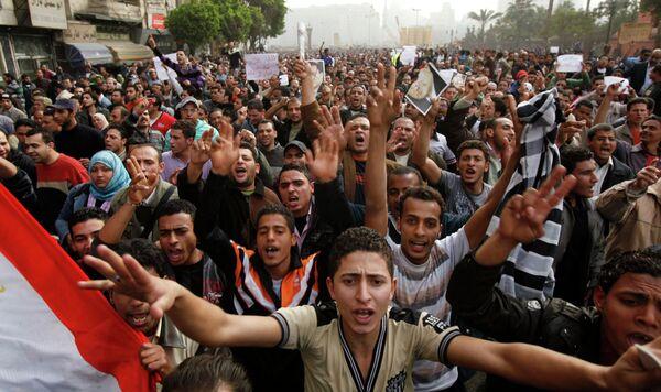 Митинг на площади Тахрир в центре Каира