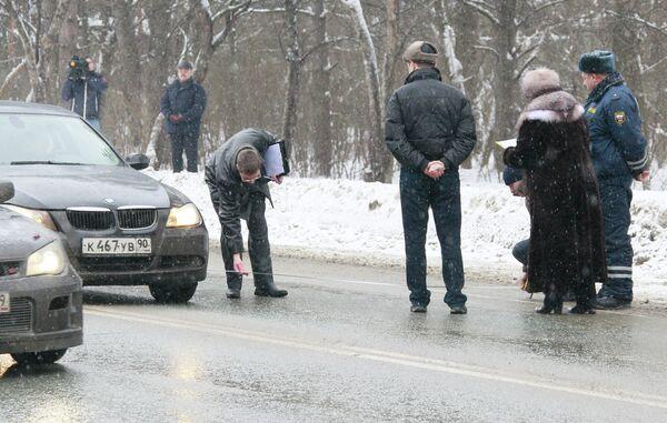 Следственный эксперимент на месте аварии на Рублево-Успенском шоссе. Архив