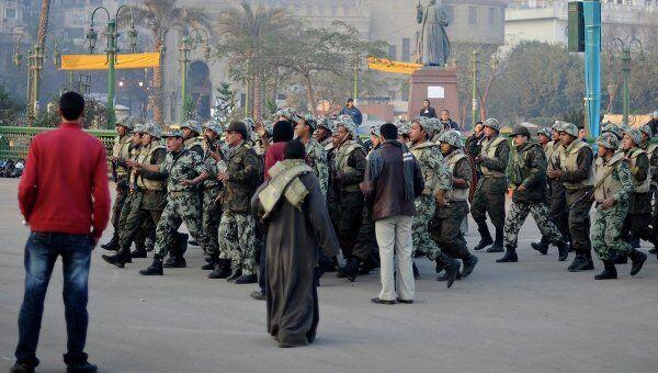 Военные пытаются очистить от протестующих площадь Тахрир в Египте
