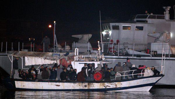Беженцы из Туниса в Италии