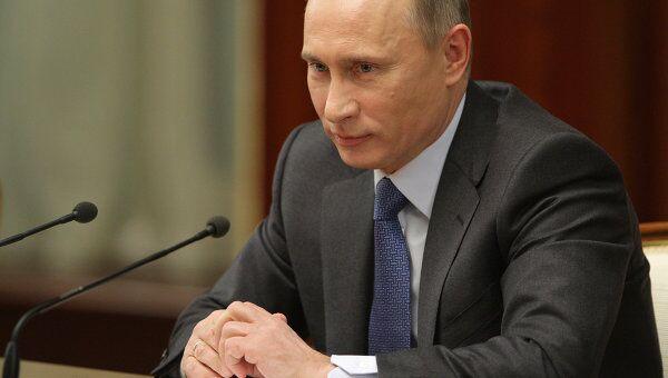 Премьер-министр РФ Владимир Путин на совещании с руководителями экспертных групп по Стратегии-2020
