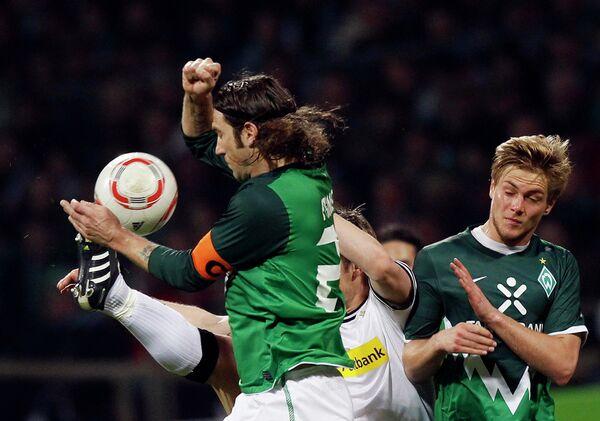 Игровой момент матча Вердер - Боруссия (Менхенгладбах)