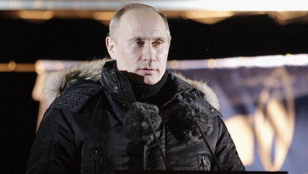 Рабочая поездка премьер-министра РФ Владимира Путина в город Южно-Сахалинск