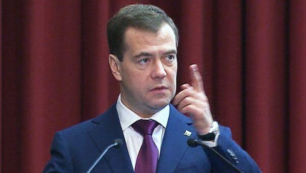 Медведев: создание полиции – это не ребрендинг милиции