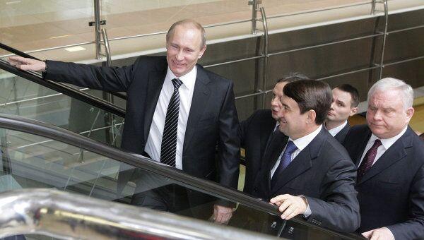Премьер-министр РФ Владимир Путин посетил аэропорт Шереметьево